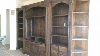 High Quality Solid Wood Custom Built Entertainment