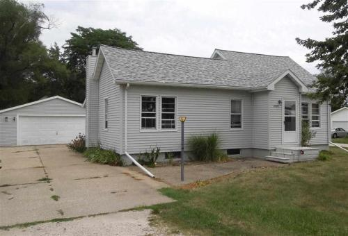 Hillsdale il 2br for sale in hillsdale illinois - Craigslist central illinois farm and garden ...