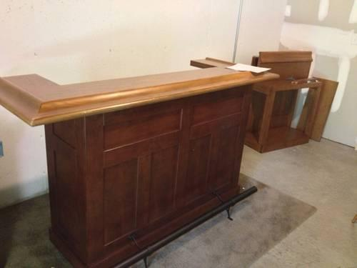 Hillsdale Oak Cherry Wood Home Bar W Side Bar For Sale In Coatesville Indiana Classified