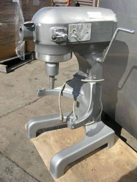 Hobart 20qt Commercial Mixer A 200 W Bowls Amp More For Sale