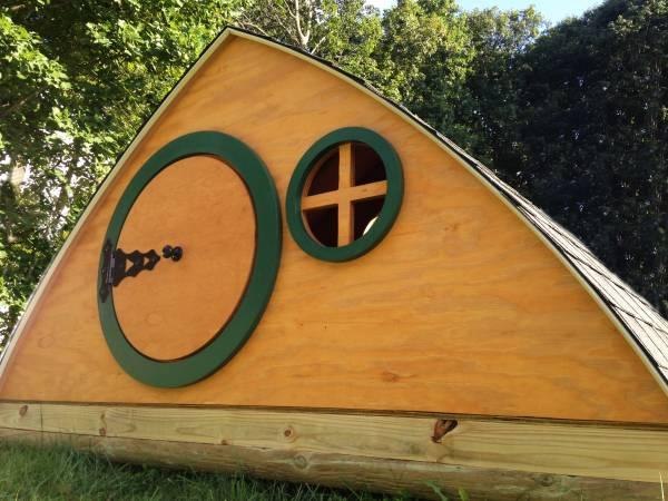 HOBBIT HOUSE - Kids Playhouse - custom built