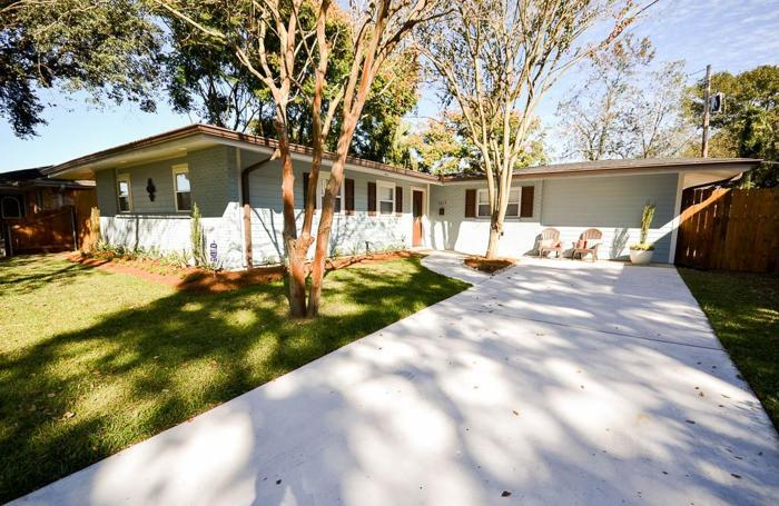 Home For Sale In Metairie