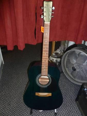 HONER ACOUSTIC GUITAR - $115