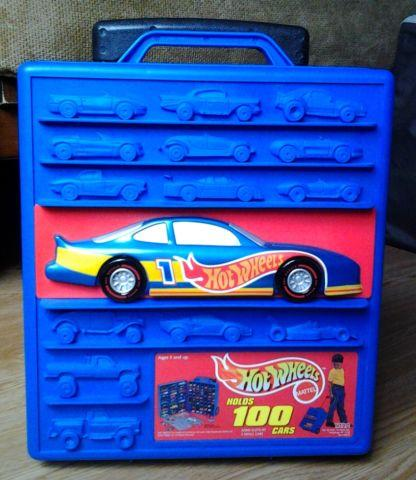 Hot Wheels 100-Slot Case with 70 Cars AGES 5 and up