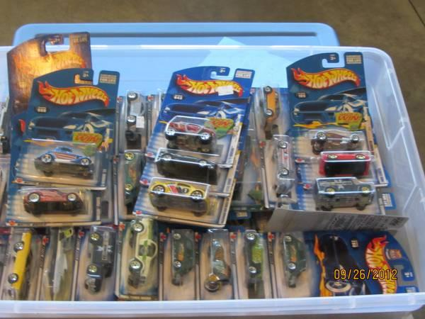 HOT WHEELS collection 2002  2003 - $250