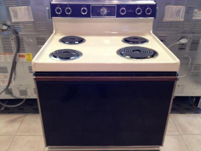how to self clean oven hotpoint