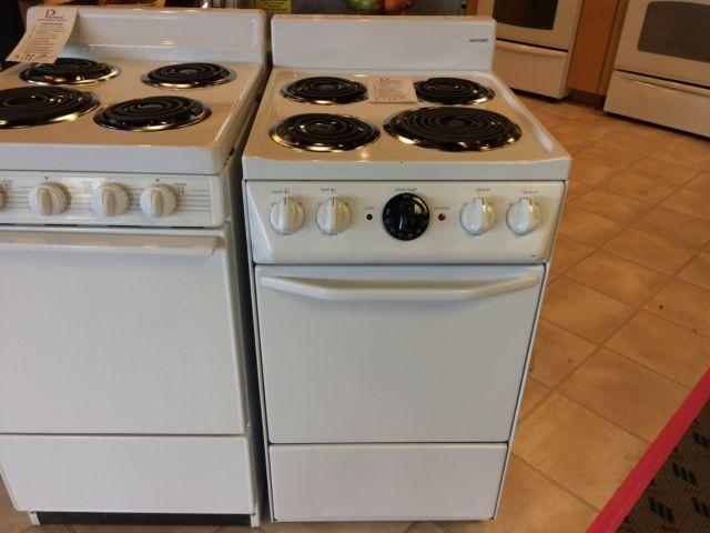 Hotpoint white 20 range stove oven used for sale in for Lakewood wood stove for sale