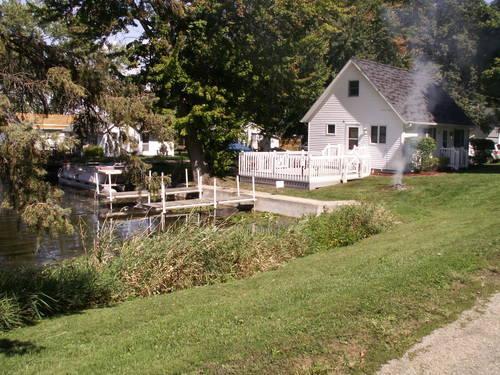 House On Hackenberg Lake Near Shipshewana Indiana For