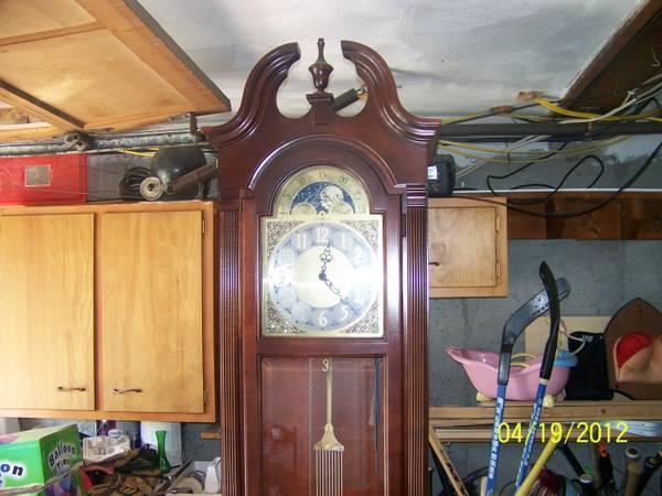 Howard Miller Grandfather Clock For Sale In Worcester