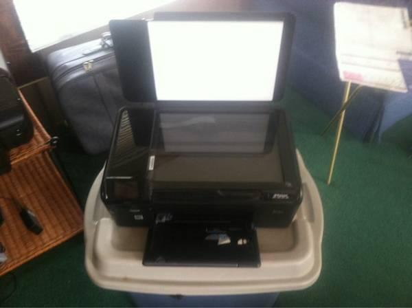 HP wireless all in one d110 series - $15