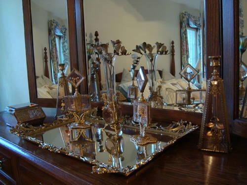 HUGE GOLD GILT DRESSER SET - MIRROR TRAY VASE PERFUMES