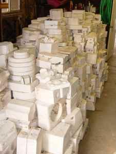 Huge lot Ceramic Molds with Kiln & Pouring table - $750 (Umatilla)