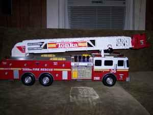huge tonka firetruck great condition great price shelbyville murfreesboro for sale in. Black Bedroom Furniture Sets. Home Design Ideas