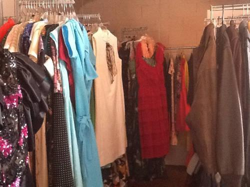 e3d4685b2d5 Huge Wholesale Lot Women Vintage Clothing 60s 70s 80s all styles ...