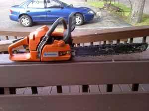 Huscavana 350 chain saw - $150 (Albany NY)