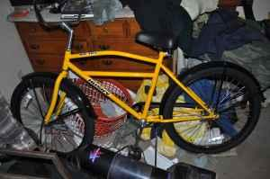 husky 105 industral bicycle/new - $200 (east windsor)