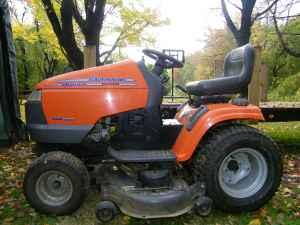Husqvarna lawn tractor Conneaut for Sale in Ashtabula Ohio