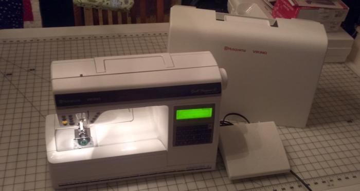 Husqvarna Viking Designer Ii Sewing Machine Franklin