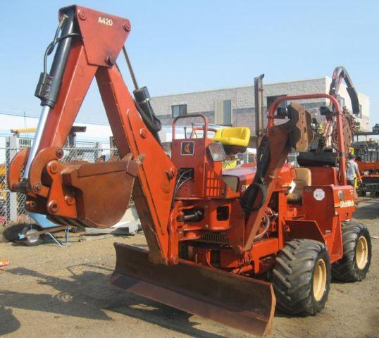 i 6101 2001 5110DD Ditch Witch Trencher with A420 Backhoe Attachment 6