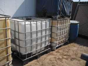 IBC container tote 275 gallon - $75 (manteca)