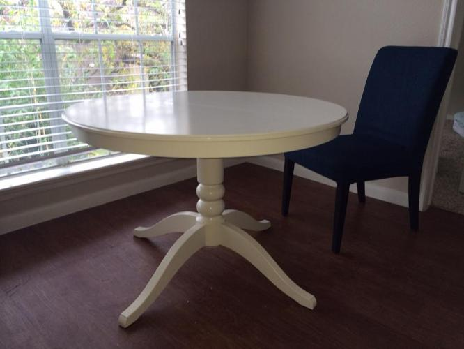 IKEA Ingatorp Extendable Dining Table AND 4