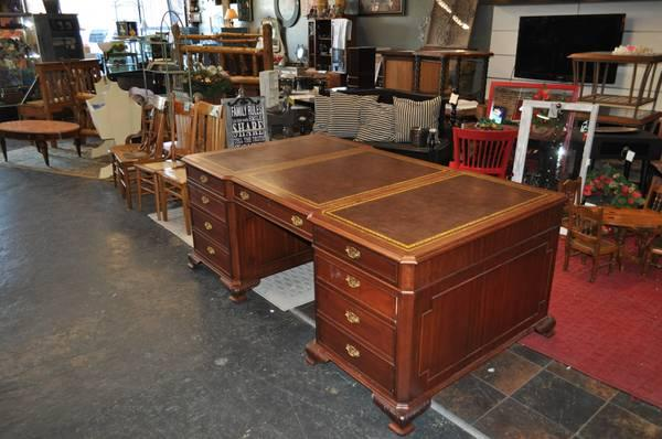 Immaculate inlaid leather partners desk for sale in for Furniture wenatchee