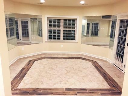 Immaculate Luxury New One BR near Tysons, Reston,