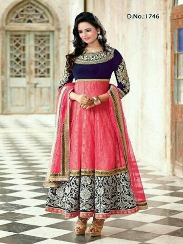 INDIAN BEST DEAIGNER DRESS
