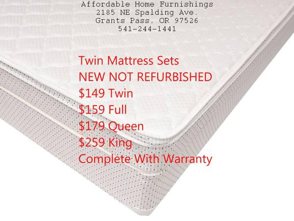 Inexpensive furniture full size mattress set sale for for Affordable furniture grants pass oregon