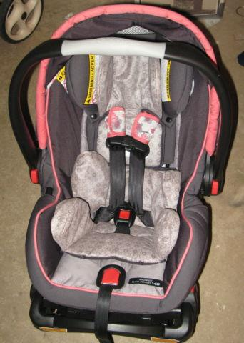 Infant Car Seat Graco Click Connect 40 Perfect
