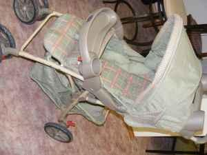 infant car seat/stroller - $30 (fox valley)