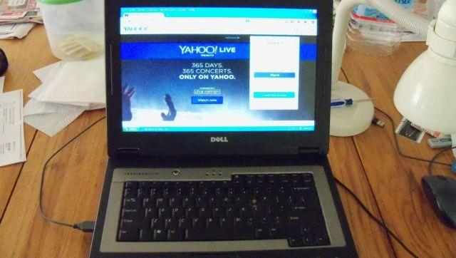 ----------DELL INSPIRON B130 LAPTOP with WINDOWS XP PRO --------------