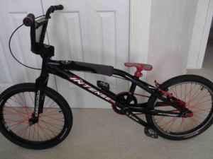 Intense BMX - light weight dirt racer - (springfield) for Sale in