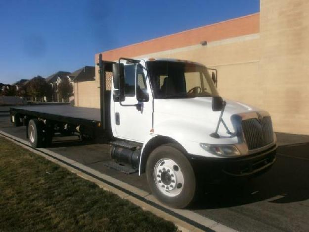 International 4300 flatbed truck for sale for Sale in