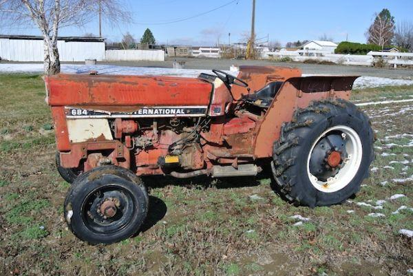 International 684 tractor - $5000 (Sunnyside)