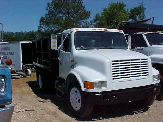 4700 SINGLE AXLE DUMP TRUCK FOR SALE for sale in Tallassee, Tennessee