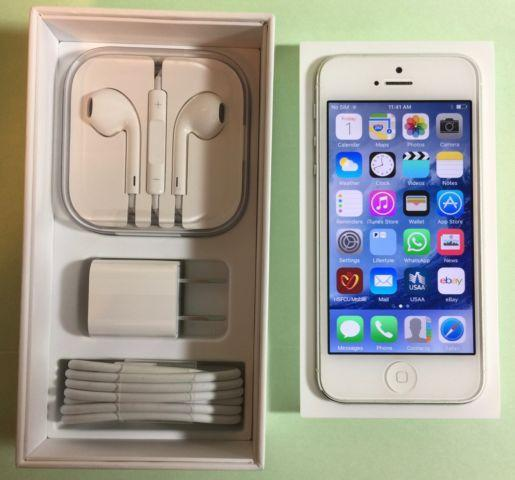 iPHONE 5 WHITE 64GB ATT-LIKE NEW CONDITION - $299