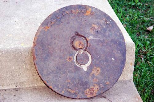 Iron sewer manhole cover garden stepping stone woodruff for Large garden stones for sale