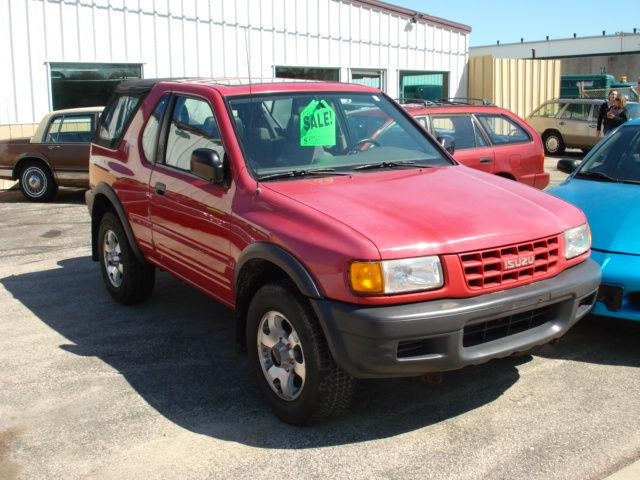 isuzu amigo 1998 1998 isuzu amigo car for sale in milwaukee wi 4427467343 used cars on. Black Bedroom Furniture Sets. Home Design Ideas