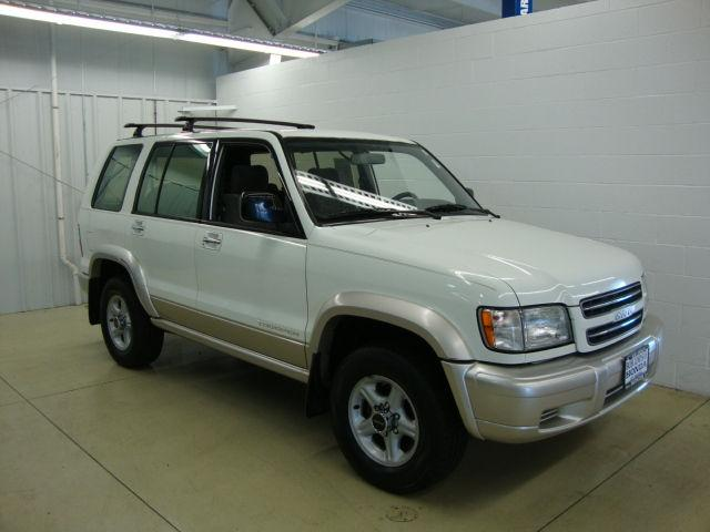 isuzu trooper 2002 2002 isuzu trooper car for sale in peoria il 4421564250 used cars on. Black Bedroom Furniture Sets. Home Design Ideas
