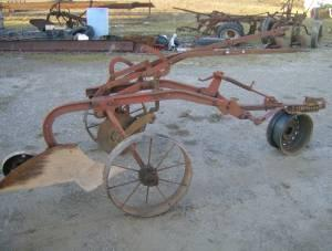jd-one-bottom-pull-type-plow-360-republi