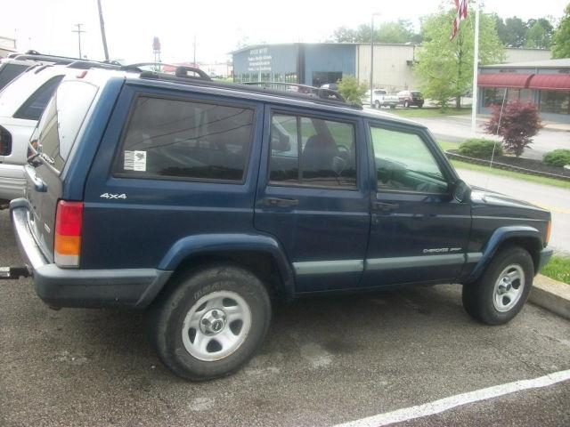 jeep cherokee 2000 2000 jeep cherokee car for sale in corbin ky 4427456374 used cars on. Black Bedroom Furniture Sets. Home Design Ideas