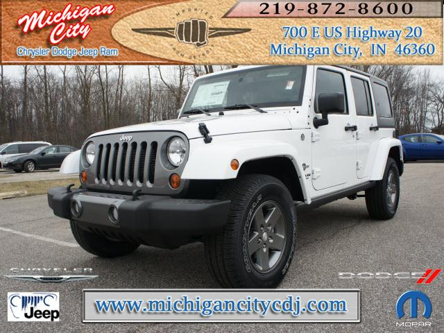 jeep wrangler unlimited 4x4 freedom edition 4dr suv 2013 for sale in long beach indiana. Black Bedroom Furniture Sets. Home Design Ideas