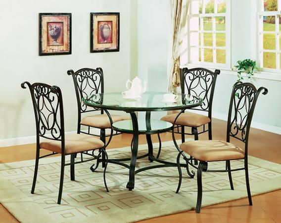 Jessica 5 Piece Dining Set For Sale In Youngstown Ohio