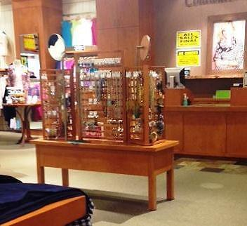Jewelry Display Tables, Towers and Cases - Store Fixtures