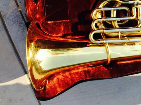 Jinyin 4 Valve Rotary Bbb Tuba For Sale In Troy Alabama Classified Americanlisted Com