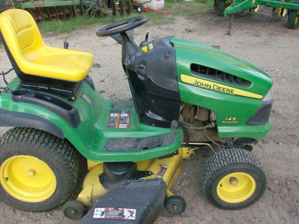 John Deere 145 Automatic Mower - $1200 (Marshall)