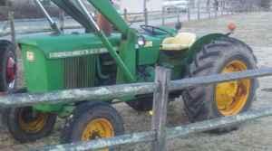 John Deere 2020 w/ front end loader - $6500 (Hudson,