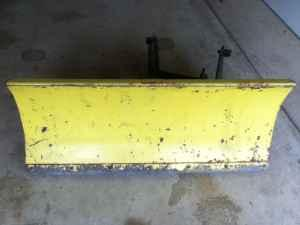 John Deere E0690 Snow Plow (Blade) - $100 (North