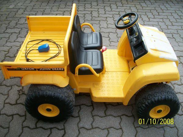 Gator John Deere Prix >> John Deere Gator Powerwheels By Peg Perego 175 Cranberry Twp For | suporter.info